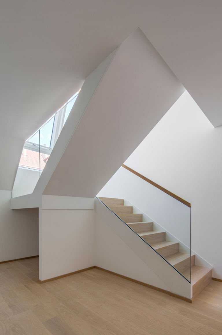 MAXIMILIAN HAIDACHER / ARCHITEKTURFOTOGRAFIE Wohnbau Graf-Starhemberg-Gasse, Wien