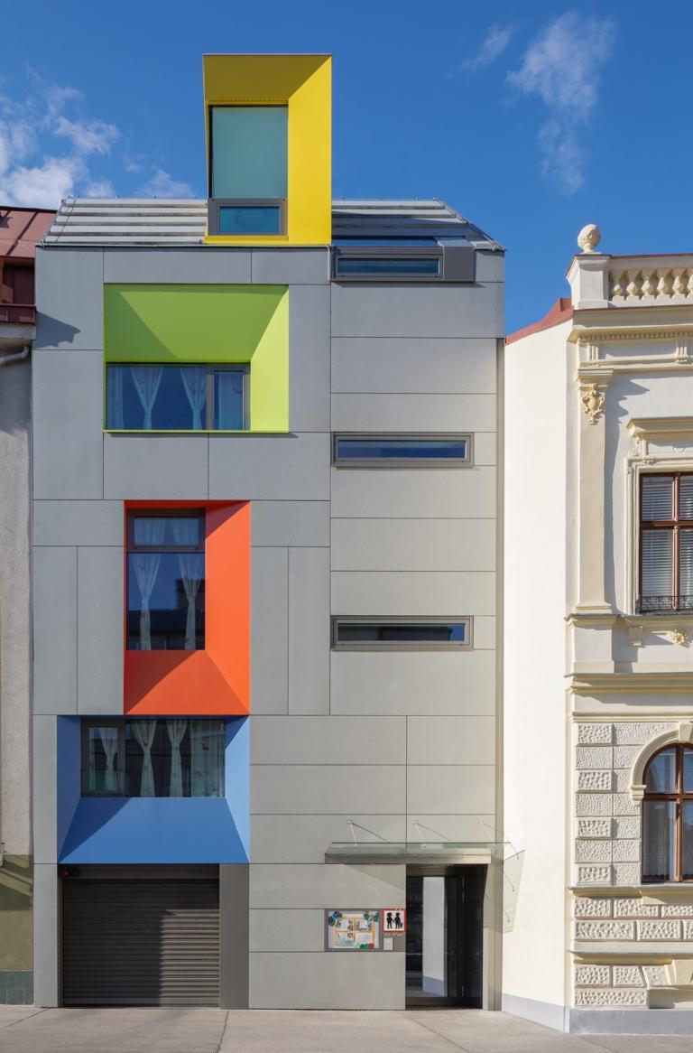 MAXIMILIAN HAIDACHER / PHOTOGRAPHY Kindergarten und Wohnbau, 1140 Wien
